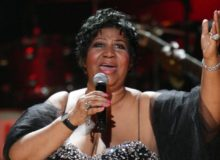 aretha-franklin-height-weight-body-measurements-1